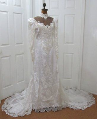Vintage Pearl Beaded Lace White Wedding Dress with Beaded Headpiece Veil