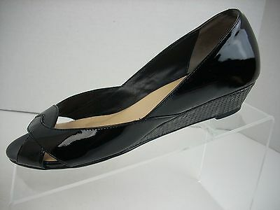 Women/'s Covington 47635 Char Wedge Heels New Black F64