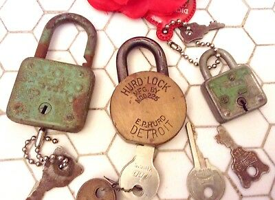 Vintage Antique 40s PADLOCK LOT w KEYS Hurd Master DETROIT Brass Green Square +