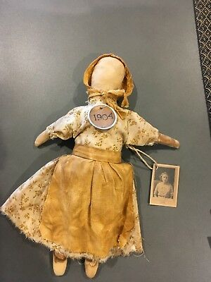 Colonial doll no 1