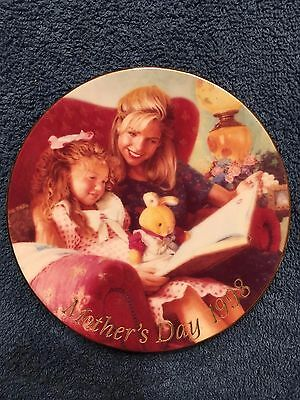 Special Moments - 1998 Avon Mother's Day Collector Plate