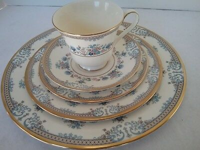 "MINTON Fine Bone China ""AVONLEA"" 5 Piece Place Setting(s)  EUC"