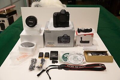 Canon EOS 5D Mark III 22.3MP  Camera -with F4 L IS USM 24-105 MINT 5,492 CLICKS!