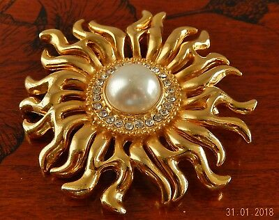 Vintage Large Gold-Tone Sunburst With Faux Pearl Center & Rhinestones ( Unsigned