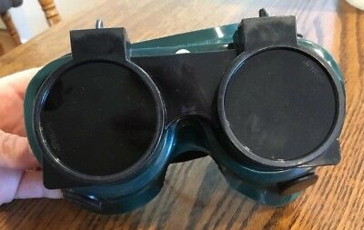 Vintage SteamPunk Welding Goggles Green Clear Glass Flip Up Lenses Clear Plastic