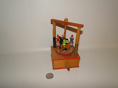 Vintage Wooden Horse Racing Toy, Spiner, Hand made Box