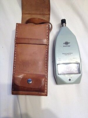 Bruel & Kjaer Sound Level Meter Type 2219 with solid Leather case