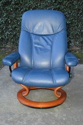 Pleasing Ekornes Dark Navy Blue Leather High End Recliner Chair Needs Gmtry Best Dining Table And Chair Ideas Images Gmtryco