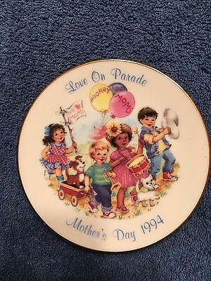 Love on Parade - 1994 Avon Mother's Day Collector Plate