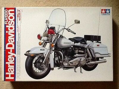 Tamiya 1/6 Big Scale Harley-Davidson Flh1200 Police Bike # 16016 Nib Open Box