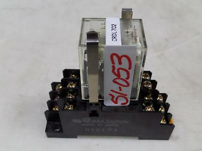 Omron 24Vdc Relay With Socket My4N-D2