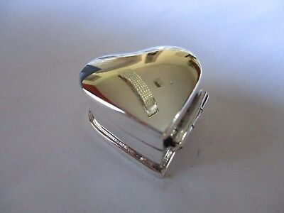 Sterling Silver Pill box Hearth shape solid 925 silver Hallmarked Grooved smooth