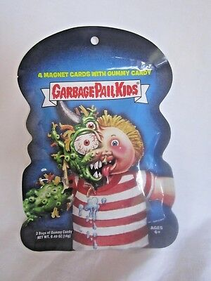GARBAGE PAIL KID PACK  4 MAGNET CARDS and GUMMY CANDY  (BH)
