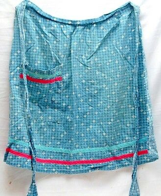 Old Vintage Hand Made Half Apron Blue w Blue & White Daisy Design One Pocket