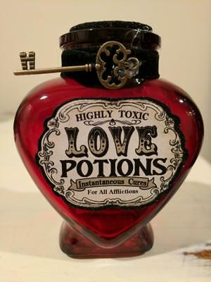 VALENTINES DAY GLASS LOVE POTION BOTTLE APOTHECARY SPELL HOME GIFT Decoration