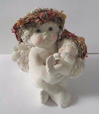 Dreamsicles decorative figurine, Hushaby Baby, collectible angels, cherubs, 1995