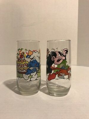 Set Of 2 Peyer 1983 Collectable Smurf Glasses
