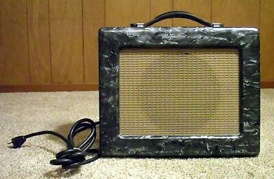 1954 Magnatone Varsity Deluxe Model 108 Mother Of Pearl 5w USA Tube Amplifier