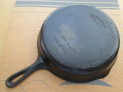"Wagner Ware Vintage No. 8 Cast Iron 10.5"" Skillet - Made In Usa"