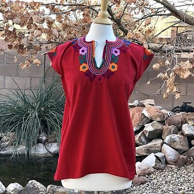 Size M Mexican Hand Embroidered Blouse From Chiapas Mexico