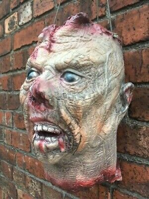 GORY SEVERED HEAD LATEX LIFE SIZE HALLOWEEN PROP TABLE DECORATION FANCY DRESS