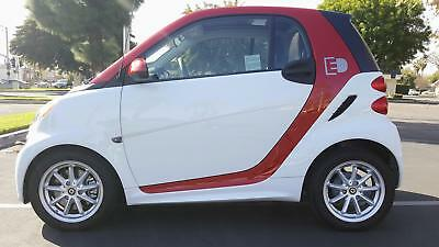 2015 Smart fortwo electric drive Passion - Electric 2015 Smart For Two- Electric-  1300 Miles We Export