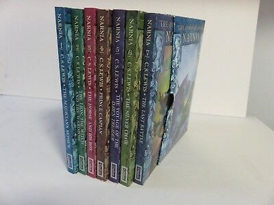 THE CHRONICLES OF NARNIA COLLECTION: Box Set