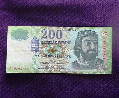 Hungary 200 Forint banknote 2001 free shipping