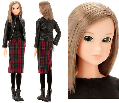 Momoko 1/6 Girl 27cm Fashion Doll - Check It Out! Big Sister ~~ PRE-ORDER ~~