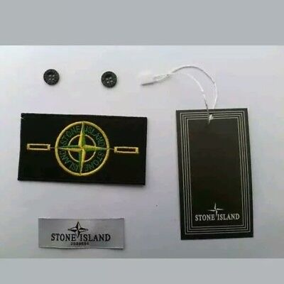 1 XSTONE ISLAND BADGE, 2 X BUTTONS, 1 x NECK LABEL, 1 HANG TAG WITH FASTEN  ROPE