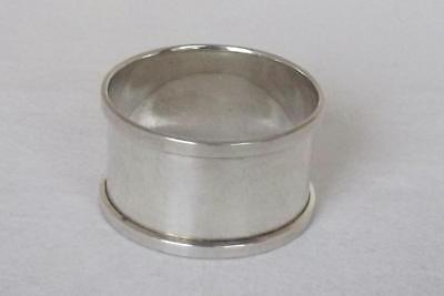 A Fine Solid Sterling Silver Round Napkin Ring Birmingham 1940.