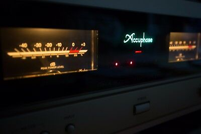 Accuphase ampifier A30