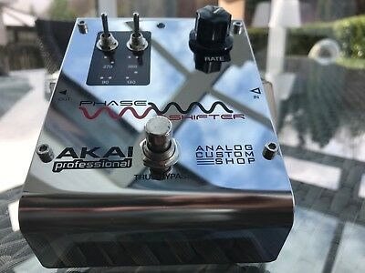 Akai Phase Shifter (Phaser) Guitar Pedal – mint