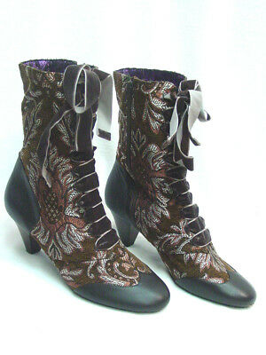 Poetic License Lady Victoria Victorian VintageTapestry Boots size 40 (8.5 to 9)