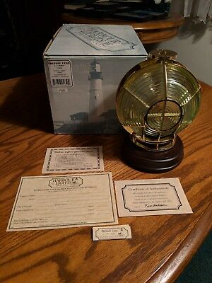 "Harbour Lights ""fresnel Lens 3-1/2 Order"" Light #650 2002 Nib"