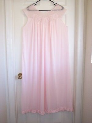 Vintage Pink Lorraine Perfect Fitting Size Large Nylon Nightgown - Lastime List