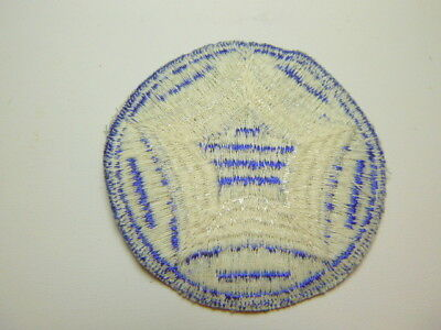 A    WW 2 U S Army 5th Service Command Ribbed Cut Edge White Back Patch