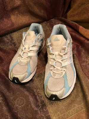 748aa09134e ADIDAS PYV702001 WOMEN S Running Shoes White Sky Blue Silver Size 9 ...