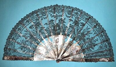 Gorgeous Antique French Carved Grey Mother Of Pearl Chatilly Lace Cherubs Fan