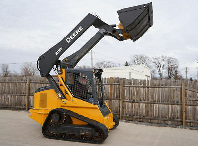 NICE! 2014 John Deere 319E Diesel Skid Track Steer Only 1135 Hours! MAINTAINED!