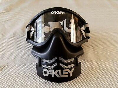 2d7913dee4ad2a Oakley Vintage ATFM MX Mask and Goggles BMX Very Rare 1 On Ebay NOS Romeo XX