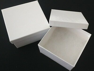 Lot of 36 Deep White Cotton Filled Jewelry Gift Boxes For Bracelet 3.5 x 3.5 x 2
