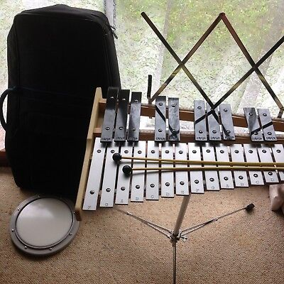 Mitello 32 Note Glockenspiel With Stand Practice Pad And Back Pack As New