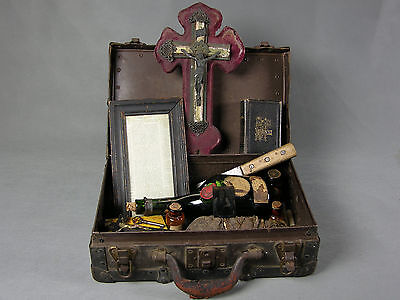 Snake George Voodoo Magic Conjure Priest Fetish Witch Doctor Kit Trunk Macabre