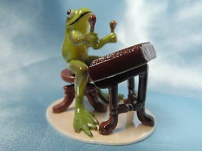 Hagen Renaker Dulcimer Player Frog 3183 Figurine Miniature FREE SHIPPING NEW