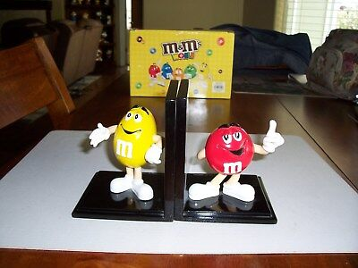M&M'S Bookends