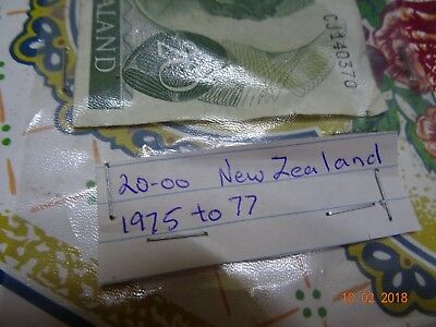 1975 to 1977 New Zealand $20 Bank Note
