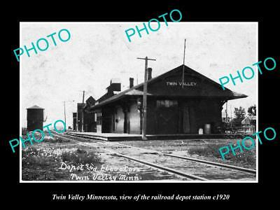OLD LARGE HISTORIC PHOTO OF TWIN VALLEY MINNESOTA, RAILROAD DEPOT STATION c1920