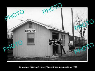 OLD LARGE HISTORIC PHOTO OF GRANDVIEW MISSOURI, THE RAILROAD DEPOT STATION c1960