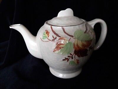 "MALING ware vintage lustre TEAPOT in ""Autumn Leaves"" pattern (Ringtons)"